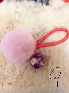 🚚 秋詩~粉紅毛球乾燥花鑰匙圈