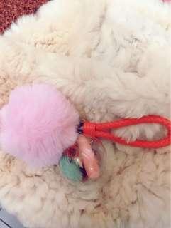 🚚 粉紅世界~粉紅毛球乾燥花鑰匙圈