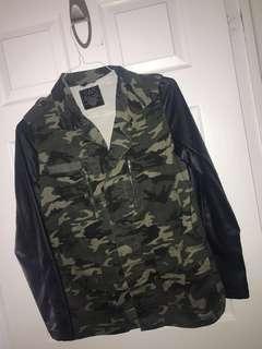 Army jacket leather like sleeves