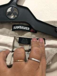 Quiksilver cream size 26