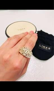 💯real:Links of London ring