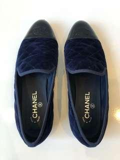 Chanel Flats Navy and Black Size 40