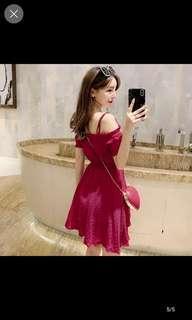 🚚 Red wine strap shoulder dress