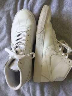NIKE SB white high tops