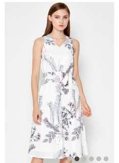 🚚 Phoebe floral midi dress with Sash love and bravery LAB not fayth closet lover TCL OSN