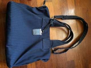 DKNY sling / laptop bag