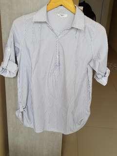 Kemeja Putih Stripe