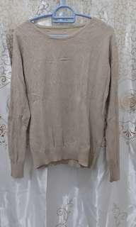 Sweater Rajut halus