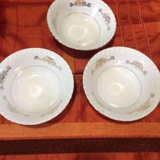 Bowls made in Japan