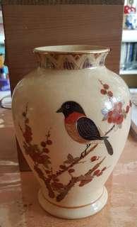 日本瓷花瓶