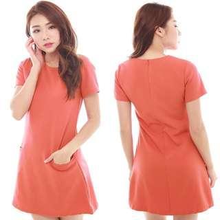 🚚 Orangey Shift Dress