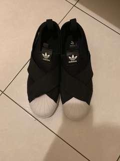 adidas繃帶鞋