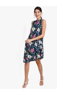 🚚 Floral asymmetric hem dress