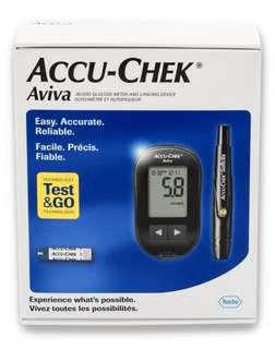 Accu-Chek Aviva Blood Glucometer with 10 test strips, 1 Softclix lancets device, lancets, carry case