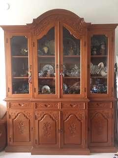 🚚 Antique Display Cabinet