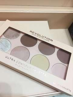Makeup revolution- ultra contour palette
