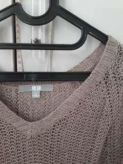 UNIQLO KNITTED BLOUSE