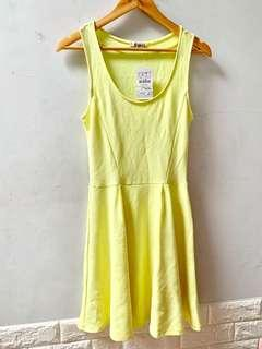 NEW with tag - pull&bear lime dress size L