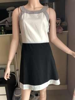 Halter neck dress ZALORA New with price tag ❤️