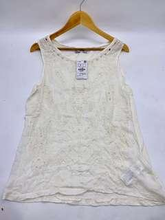 New with tag - pull&bear tops white size L