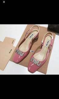 Miu miu涼鞋