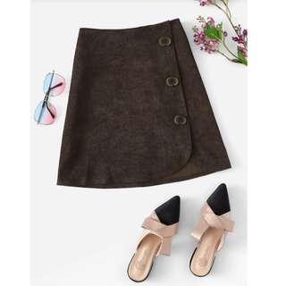 🚚 棕色休閒鈕扣簡約裙