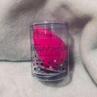 BRAND NEW Beauty Blender