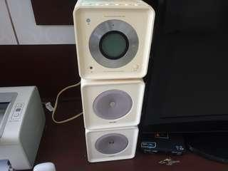 Philips CD/Radio/Ipod dock