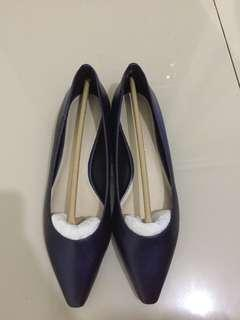 Flat shoes charles & keith size 37 bisa muat 38 NEW!!!