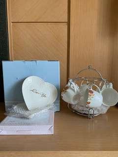 (含運)全新骨瓷杯盤組+愛心盤子