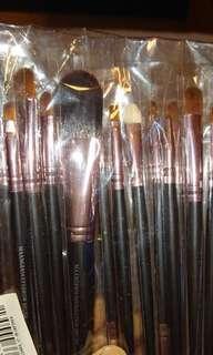 🚚 Make up tools