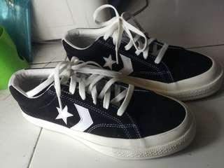 Turun harga converse one star player