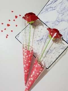 🚚 🌹手作玫瑰花束🌹母親節 情人節 畢業禮物