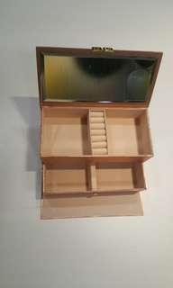 Limited Edition Make up box