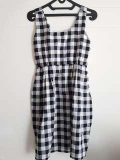 Dress Kotak kotak Black White