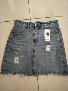 M size jean skirt