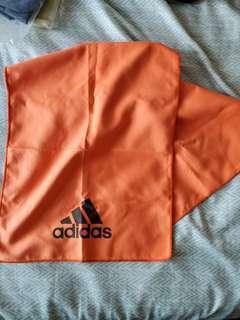 Adidas 吸水巾