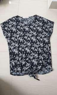 Cool teen floral top