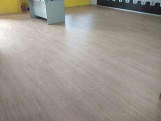Vinyl flooring RM 3.90 (MATERIAL + INSTALLATION)