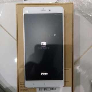 Xiaomi bambo 4