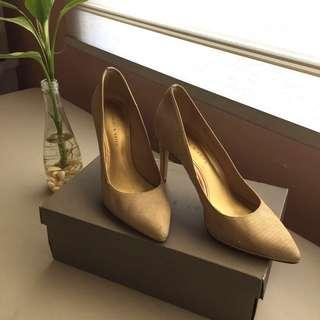 Charles & Keith Nude Beige Gold High Heels Pumps