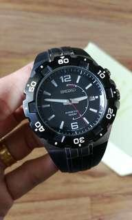 Seiko KINETIC Quartz 10years Battery Sports Watch Men