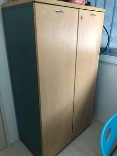 🚚 Wooden cupboard