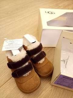 Ugg 嬰童雪靴