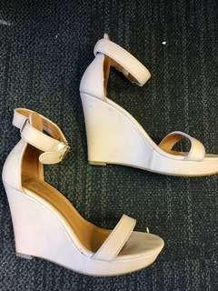 Nude Tan Pink Wedges For Sale Size 39 / 8