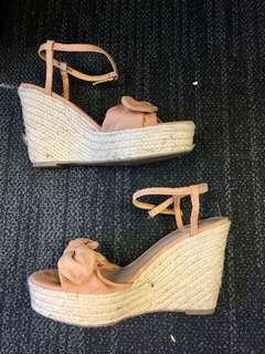 Forever21 Tan / brown canvas wedges size 8