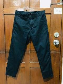 H&M black ankle pants