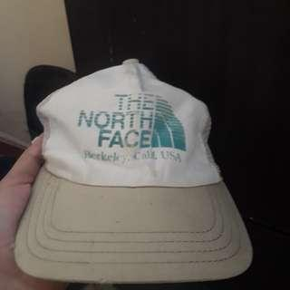 The North Face cap topi