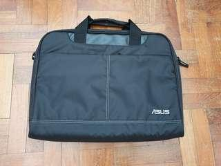 🚚 Laptop Bag