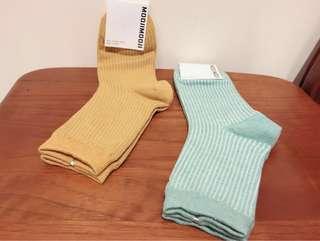 🚚 Made in Korea 彩色襪 土黃/藍綠色